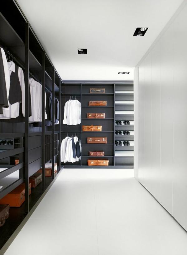 moderne-begehbare-Kleiderschränke-aus-dunklem-Holz