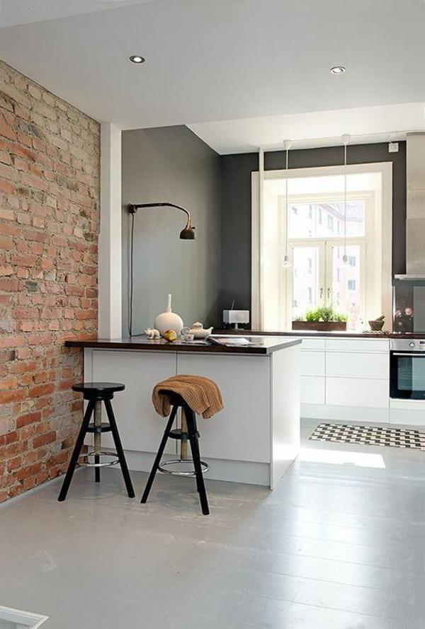 moderne-küchenmöbel-eine-ziegelwand-als-akzent
