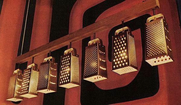moderne-küchenmöbel-hängende-reiben