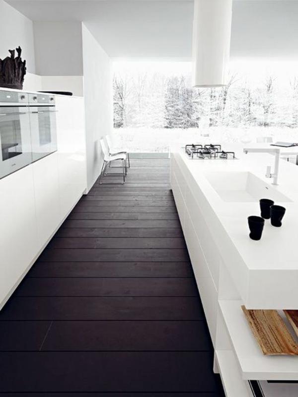 moderne-küchenmöbel-küche-mit-kontrastierenden-farben