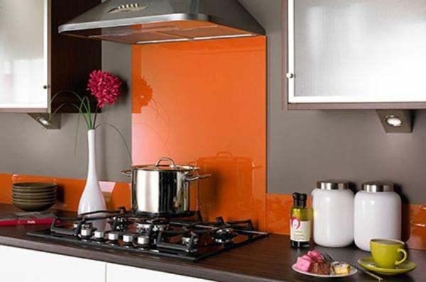 moderne-orange-küchen-wandfarbe