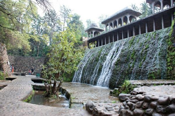 100 unglaubliche bilder moderner steingarten for Gartengestaltung wasserfall