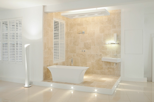 Modernes Badezimmer Mit Rollos Für Badfentser Helle Farbschemen