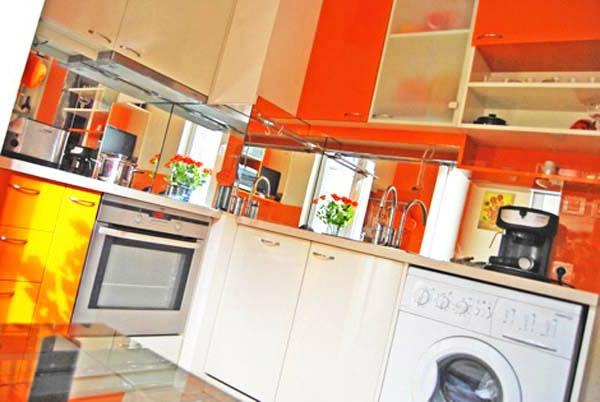 orange-küchen-wandfarbe-interessantes-aussehen
