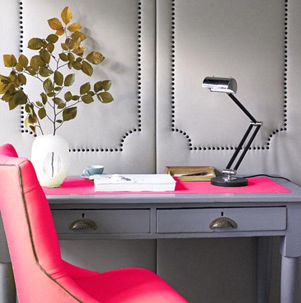 originelle-Gestaltung-im-Büro-mit-neon-Farben-Rosa