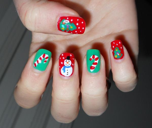 originelle-Nägel-für-Weihnachten-schöne-Ideen-coole-Bilder-auf-den-Nägeln Gelnägel für Weihnachten
