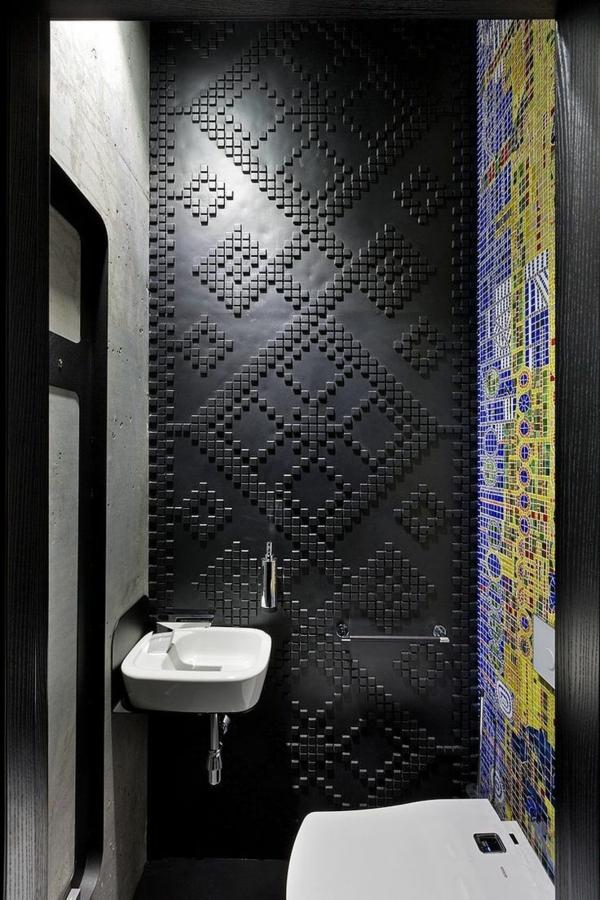 originelle-Wandgestaltung-für-die-Wohnung-in-Schwarz