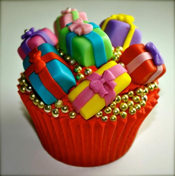 originelle-schmackhafte-Cupcakes-für-Weihnachten-backen