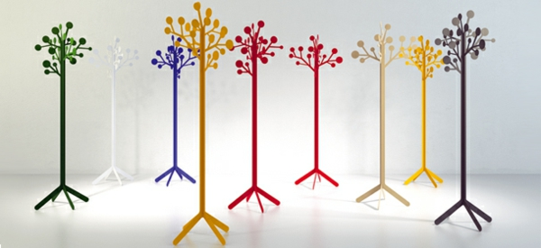 originelle-und-farbige-kleiderständer-für-die-wohnung