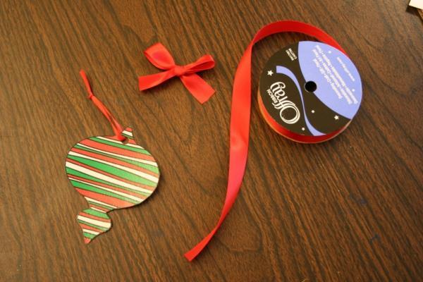 Weihnachtskarten mit Ornamenten