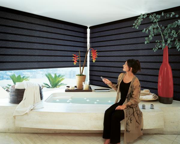 rollos-für-badfentser-dunkles-design