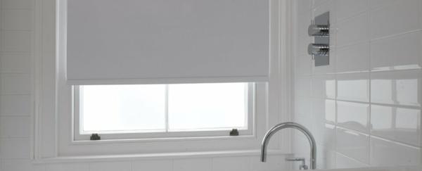 rollos-für-badfentser-weißes-modell