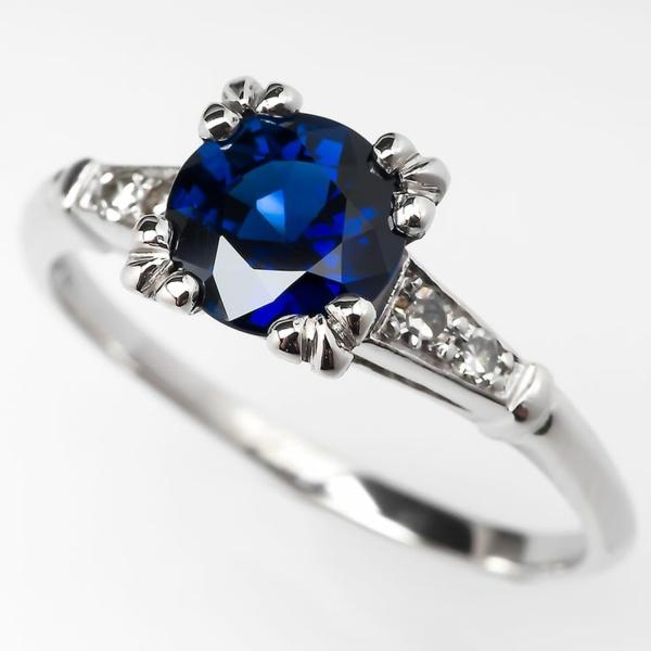 sapphire-super-moderner-Verlobungsring