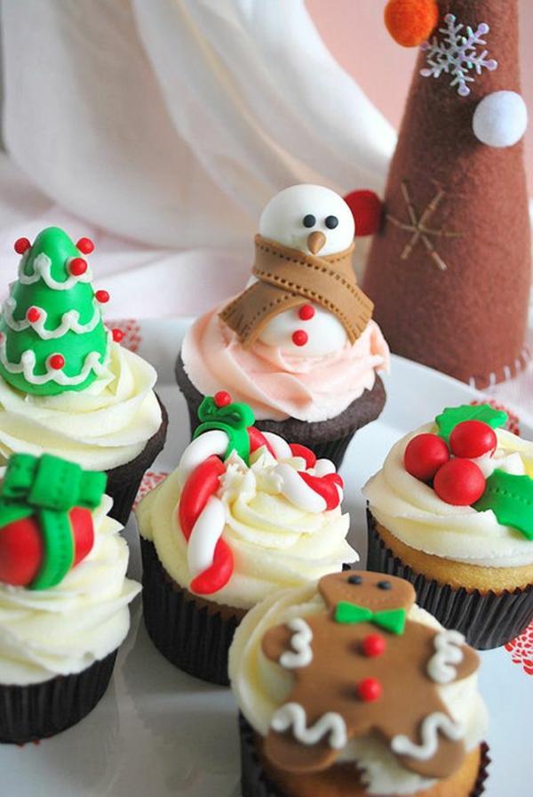 schöne-und-schmackhafte-Cupcakes-für-Weihnachten-backen