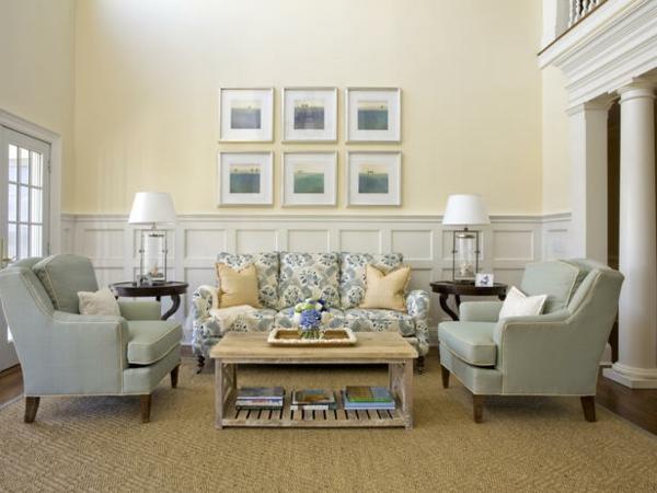 schönes-Interior-Design-mit-stilvollen-Eeierschalenfarben-