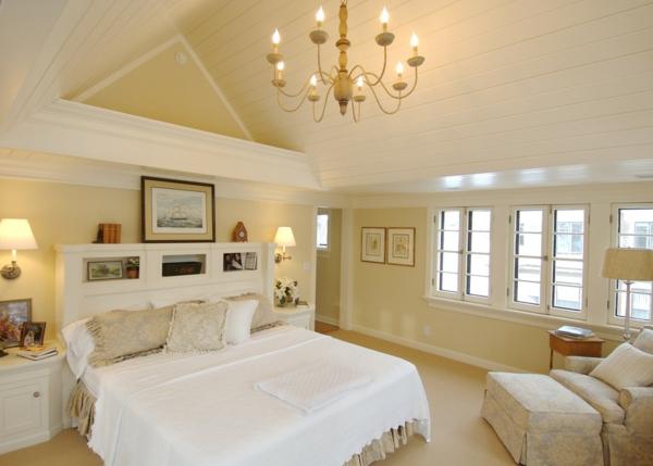 schönes-Interior-Design-mit-stilvollen-Eeierschalenfarben