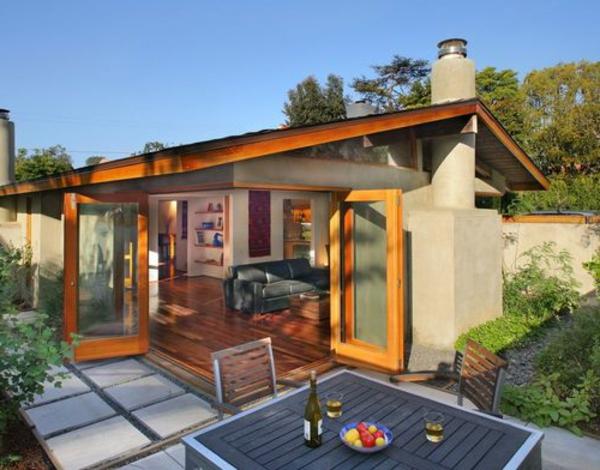 schönes-modernes-Gartenhaus