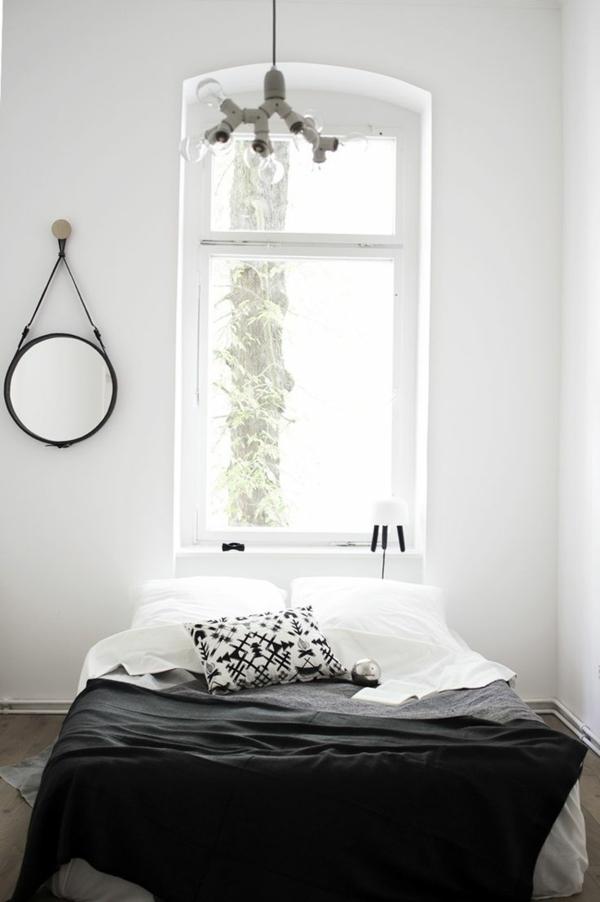 schlafzimmer-modern-gestalten-ein-fenster-über-das-bett