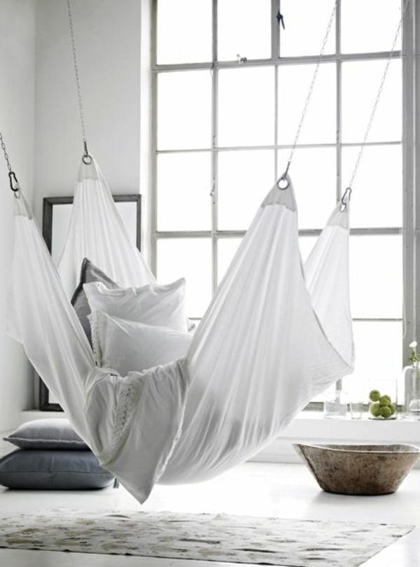 schlafzimmer-modern-gestalten-hängendes-bett