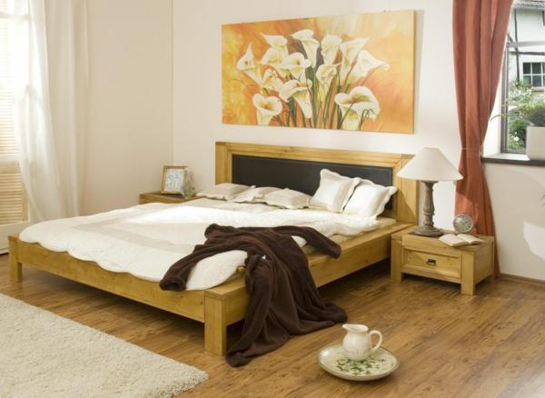 feng shui schlafzimmer einrichten - bett mit weißen bettbezügen