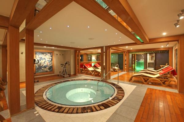 spa-hotel-jacuzzi