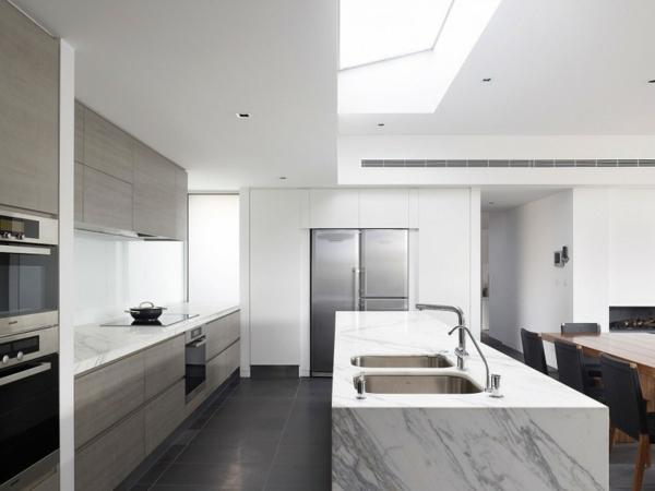 stilvolle-Wohnung-tolle-Ideen-für-eine-praktische-Kücheneinrichtung