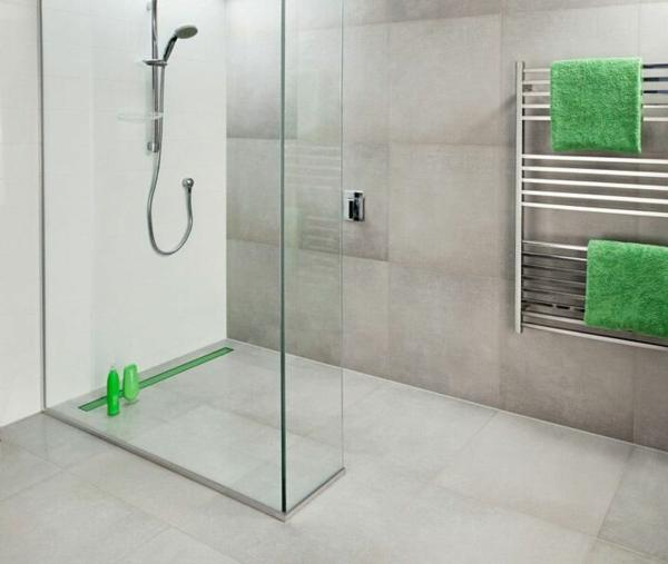 super-cooles-Bad-Heizender-Handtuchhalter-im-Badezimmer