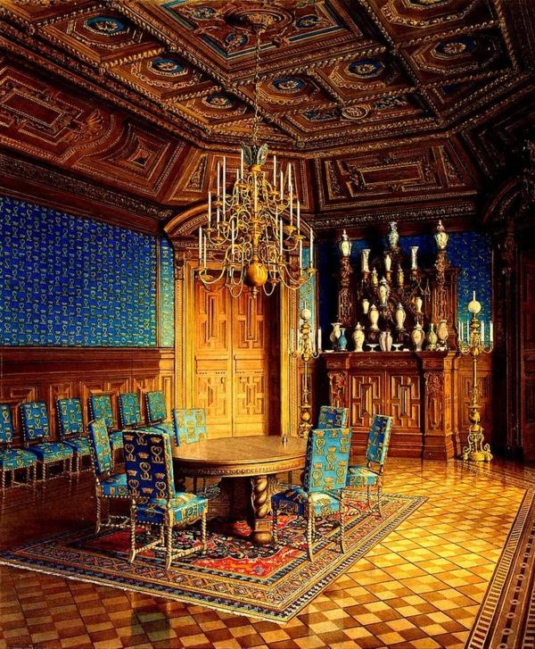 super-großes-barock-esszimmer-einrichten - sehr interessant