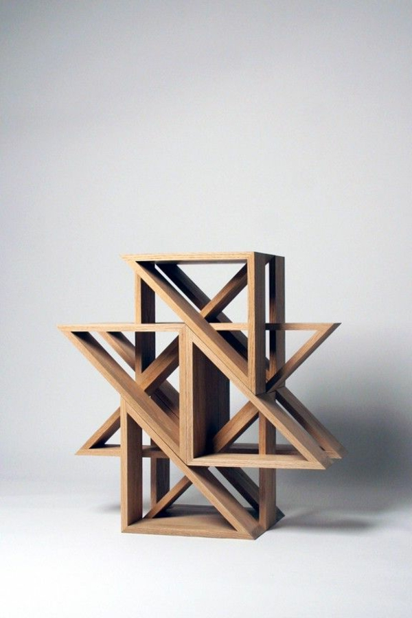 super-kreative-Ausführung-flexibler-Holzhocker