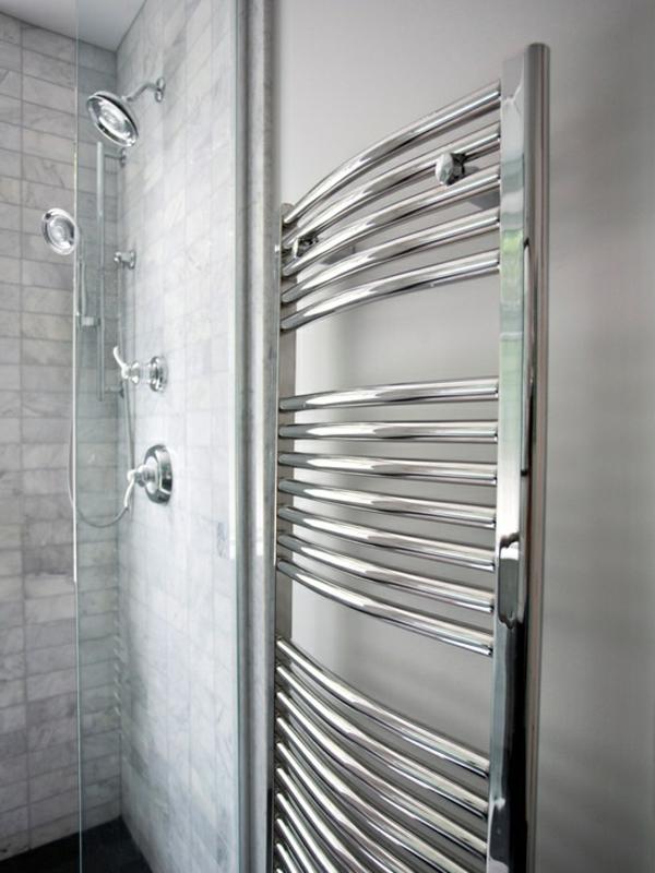 super--moderner-Handtuchhalter-für-das-Badezimmer