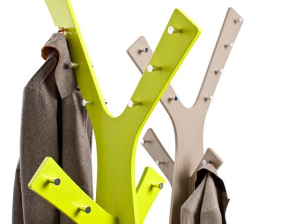super-origineller- Kleiderständer-für-die-Wohnung