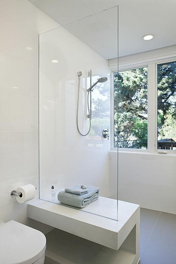 super-tolle-Beispiele-für-moderne-und-praktische-Badezimmer-in-Weiß