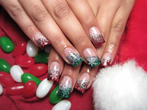 super-tolle-Dekoration-für-glänzende-Nägel-für- Weihnachten