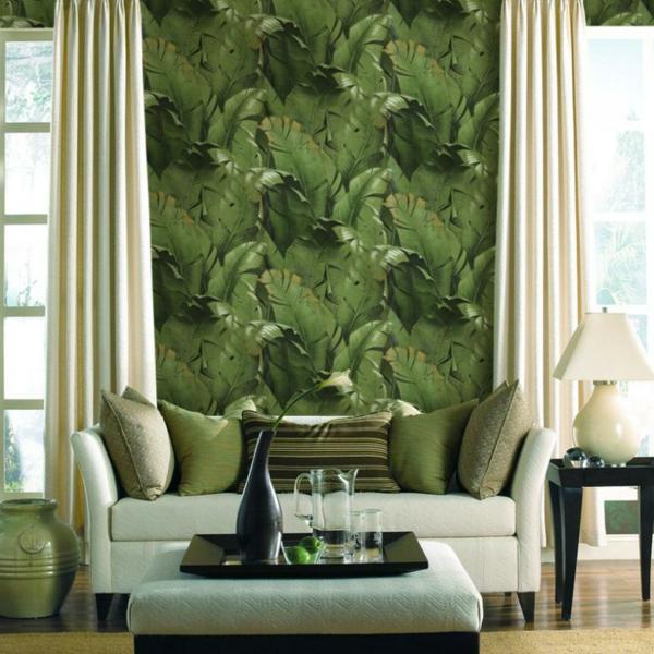 coole wohnzimmer farben:schickes wohnzimmer mit grünen tapeten und beige gardinen