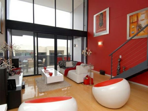 wohnzimmer wände tapeten:gläserne wände und rote wände im großen wohnzimmer