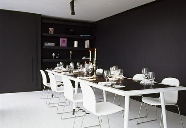 tapeten-farben-ideen-großer-esstisch-und-schwarze-wände