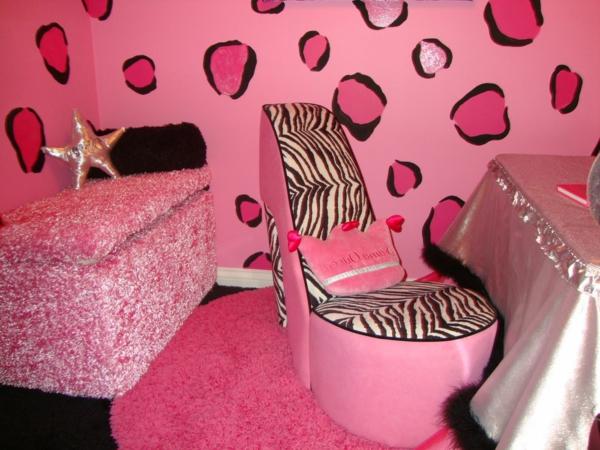 tapeten-farben-ideen-pink-zebra-wand
