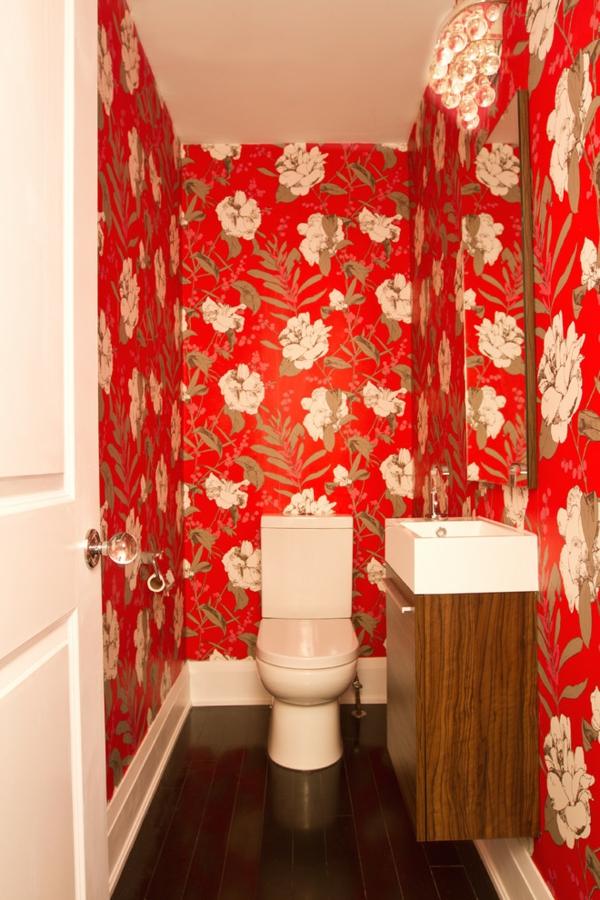 tapeten-farben-ideen-rote-wände-im-badezimmer