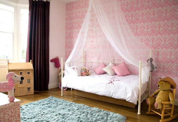 tapeten-farben-ideen-super-kinderzimmer-mit-rosigen-wänden
