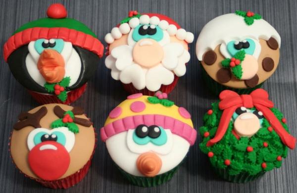 tolle-Ideen-für-Weihnachtscupcakes-Cupcakes-für-Weihnachten-verzieren