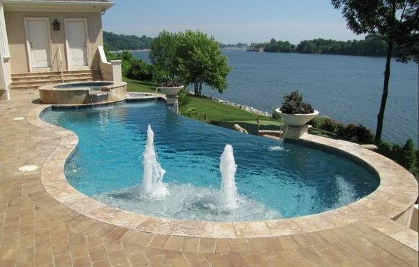 tolle-Ideen-für-die-Gestaltung-eines-perfekten-Gartens-mit- - Jacuzzi-und-Pool