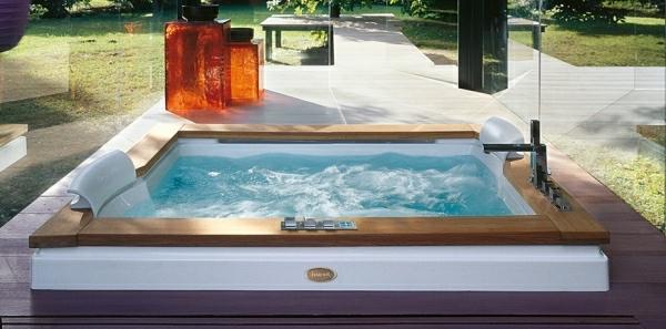 tolle-Ideen-für-die-Gestaltung-eines-perfekten-Gartens-mit-einem-Whirlpool