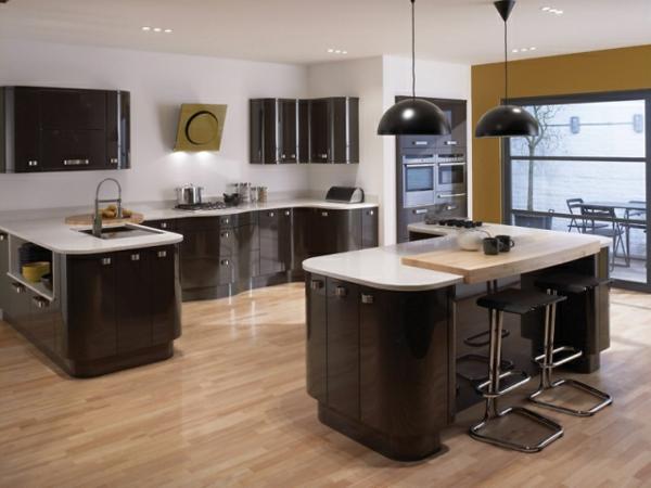 tolle-Ideen-für-eine-praktische-Kücheneinrichtung--