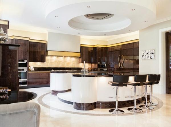 -tolle-Ideen-für-eine-praktische-Kücheneinrichtung-
