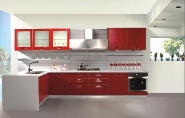 tolle-Ideen-für-eine-praktische-Kücheneinrichtung-Rot