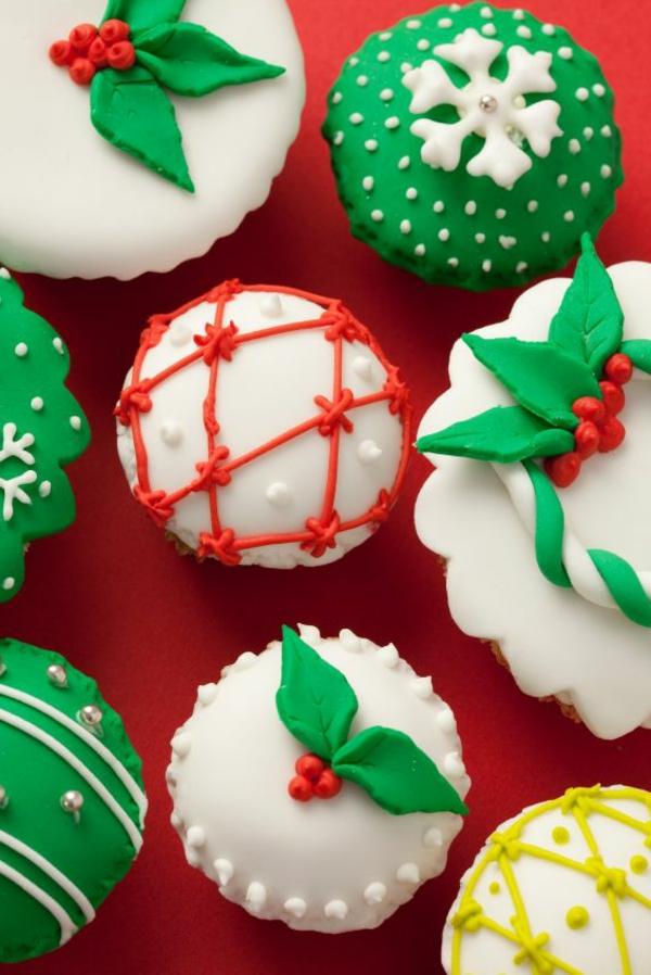 tolle-Ideen-schmackhafte-Cupcakes-für-Weihnachten-backen
