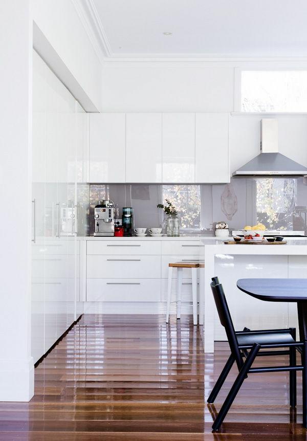 -tolle-Küchengestaltung-moderne-Wohnung-ganz-modernes-Design