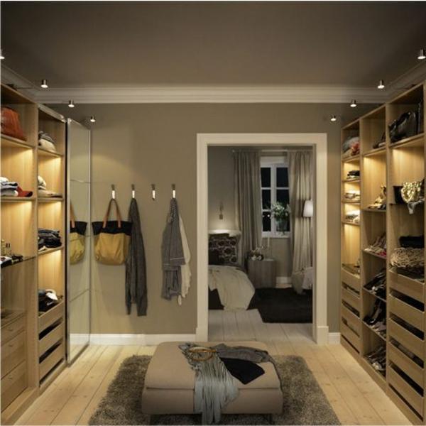 tolle-Luxus- begehbare-Kleiderschränke--moderner-begehbarer-Schrank