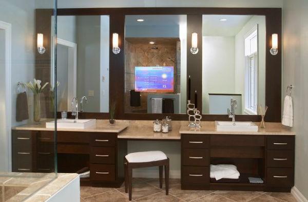 unglaublicher-designer-badspiegel