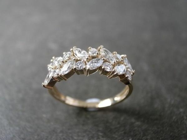unikaler-wunderbarer-Verlobungsring